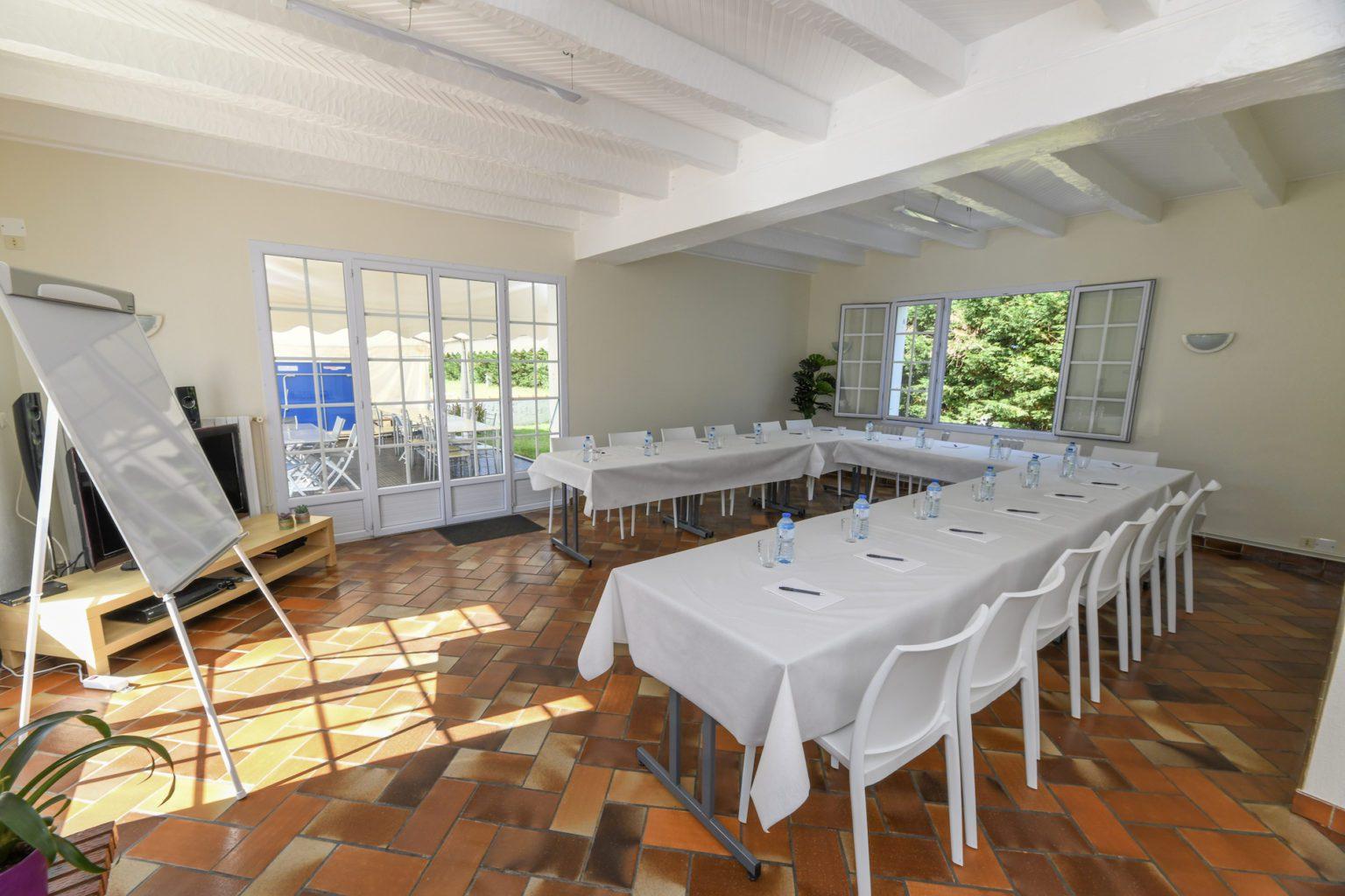 Salle de réception - Entreprise - Séminaire - Mariage - Réunion - Groupes - Jard-sur-Mer - Vendée
